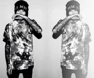 b&w, oliver sykes, and bmth image