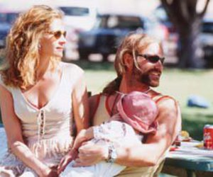 family, julia roberts, and erin brockovich image