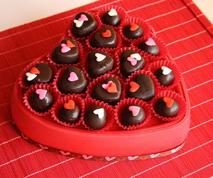 chocolate, hearts, and red image