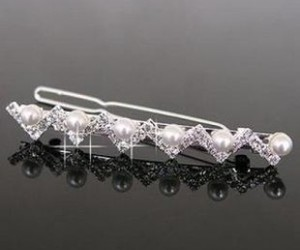 beautiful, hair accessory, and diamonds image