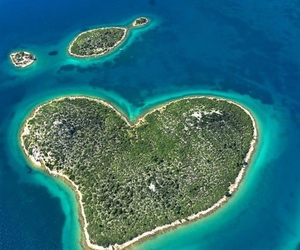 Island, heart, and Croatia image