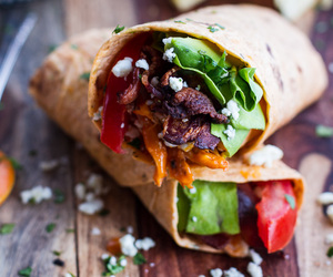 food, wrap, and Chicken image