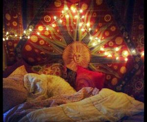 light, room, and hippie image