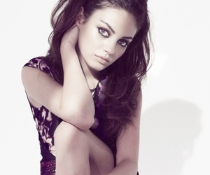 fashion, Mila Kunis, and iplc image