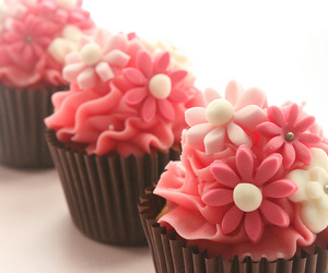 cupcakes, flower, and food image