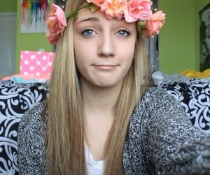 tumblr, fashion, and flower crown image