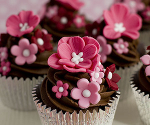 cupcake, delicious, and pink image