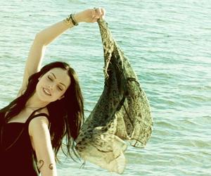 so beautiful, liz gillies, and elisabeth gillies image