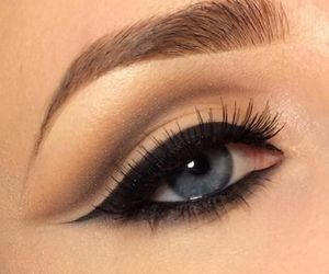 eye, makeup, and eyeliner image