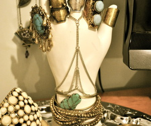 fashion and jewelry image