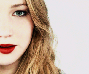 Jennifer Lawrence, the hunger games, and jlaw image