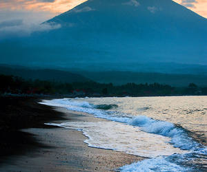 beautiful, beach, and mountain image