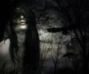 black and white, gothic, and cry image