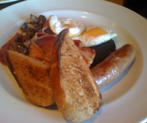 bacon, breakfast, and sausage image