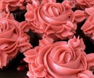 yummy cupcakes roses image