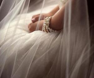 bride, bright, and Flowy image