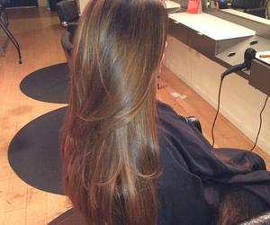 hair, long hair, and brown image
