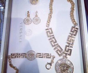 diamond and Versace image