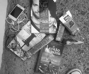 books, celular, and kapo image