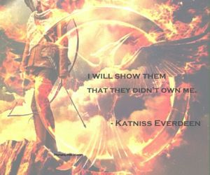 fire, the hunger games, and katniss everdeen image