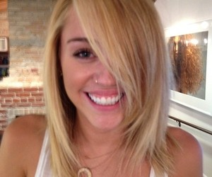miley cyrus, miley, and blonde image