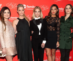 pll, pretty little liars, and lucy hale image