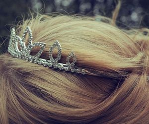 hair, princess, and crown image