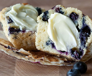 food, cupcake, and blueberry image