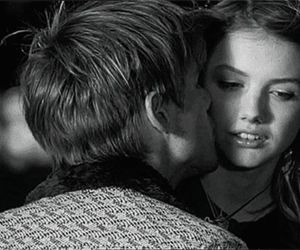 kiss, cassie, and skins image