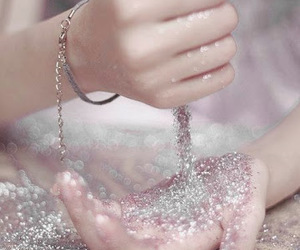 delicate, glitter, and photography image