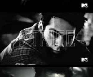 teen wolf, pain, and dylan o'brien image