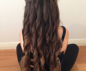 hair, long hair, and curly image