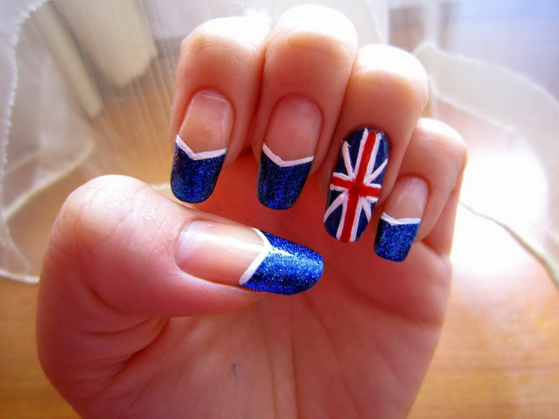 British Flag Nails Discovered By Britney