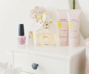 daisy, marc jacobs, and pink image