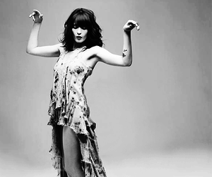 black and white and florence welch image