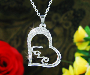 crystal, necklace, and romantic image