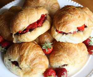 croissants, nutella, and strawberry image