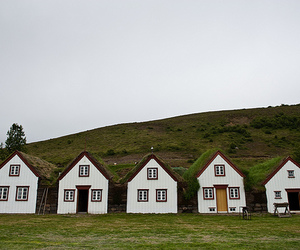 house and iceland image