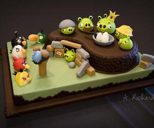 cake and angry birds image