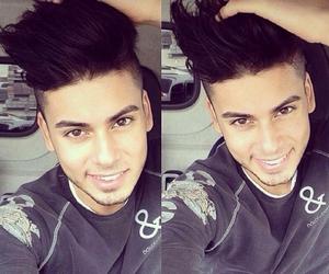arab, dream boy, and kiss him image
