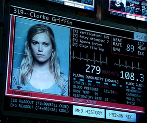 cw, the 100, and clarke griffin image