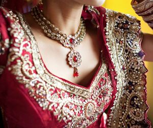 jewelry, dulhan, and lengha image