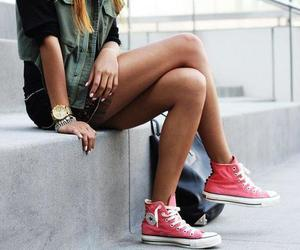 converse, outfit, and girl image