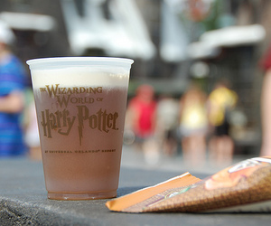 harry potter, butterbeer, and wizarding world image