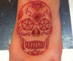 day of the dead, pretty tattoo, and red image