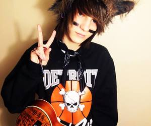 johnnie guilbert and guitar image