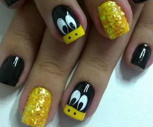 nails and duck image