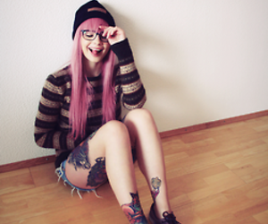 glasses, look, and skate image