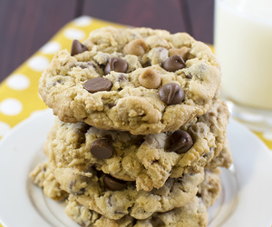 chocolate, Cookies, and oats image