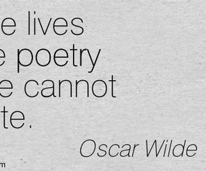 black and white, oscar wilde, and poetry image